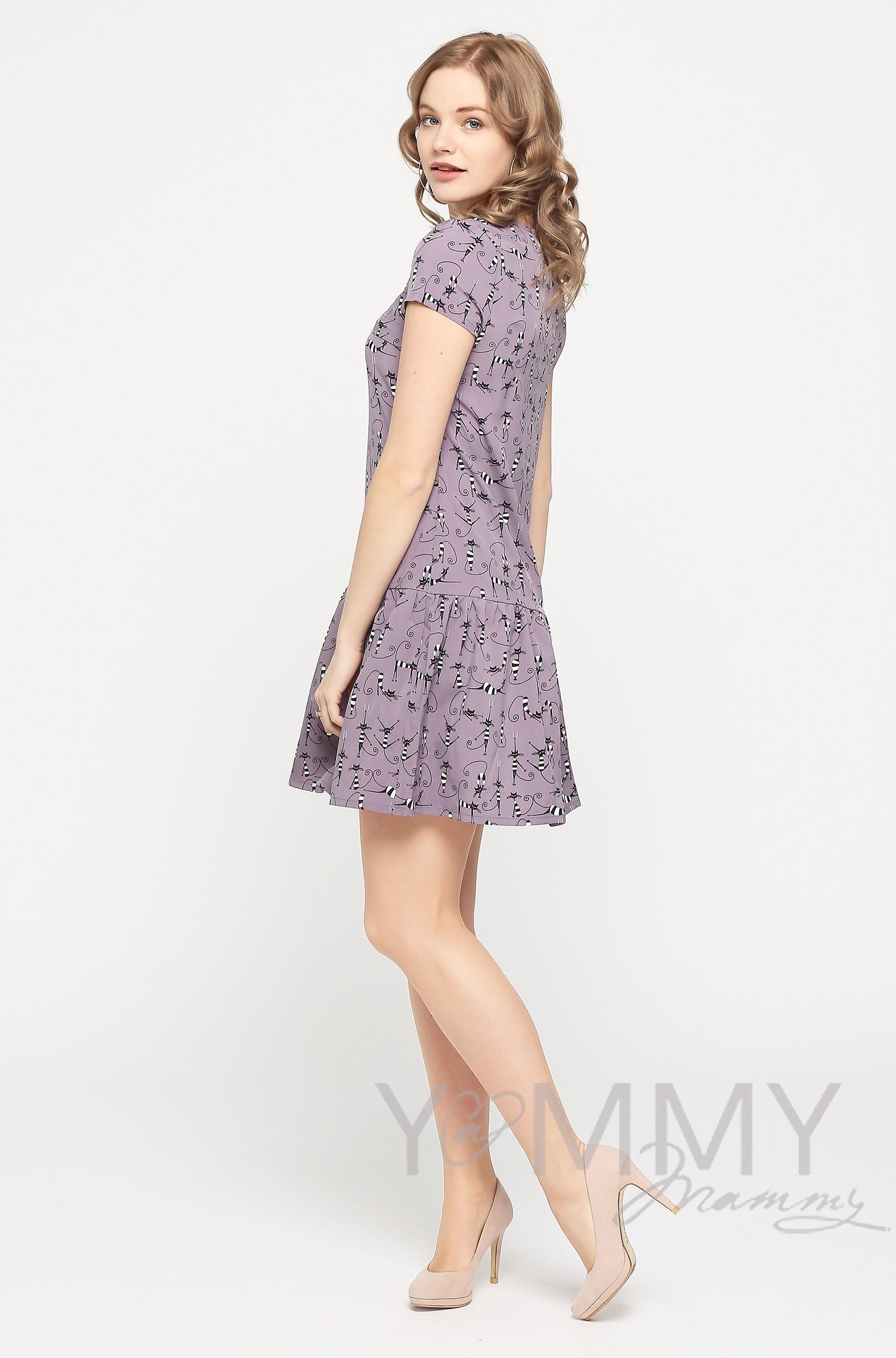 """Платье для беременных и кормящих с воланом, темно-сиреневое с принтом """"коты"""""""