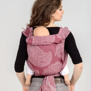 Инструкция к май-слингу из шарфовой ткани: за спиной