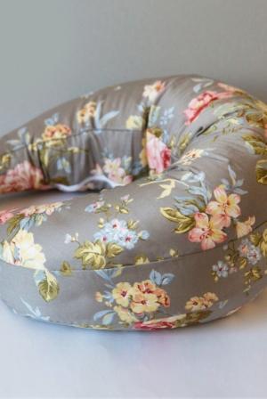 """Подушка для кормления """"Чайная роза"""""""